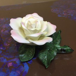 Pink rose accent piece